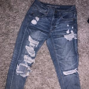 American eagle tom girlfriend ripped jeans